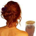 Frauenrücken und Honig